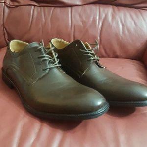 New with tags Robert Wayne dress shoes